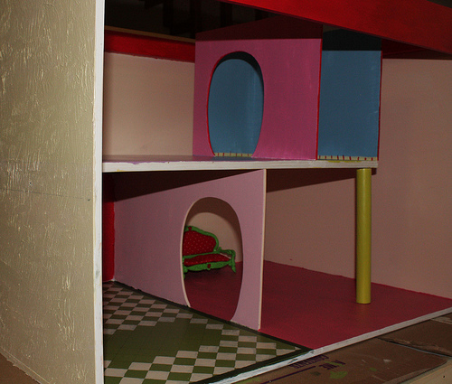 Finishing construction of the Shortcake house