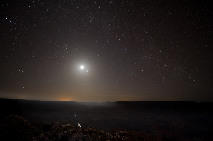 MoonlightGrandCanyon_MPark900