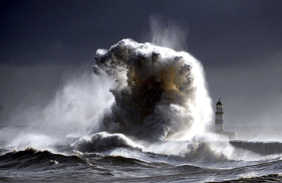 Pictures in the News: Seaham, England